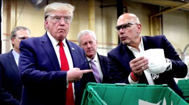 Arizona Workers Blast 'Live and Let Die' While Maskless Trump Tours Factory