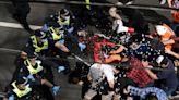 不滿封城 澳洲數千人在各大城市上街抗議與警方爆衝突--上報