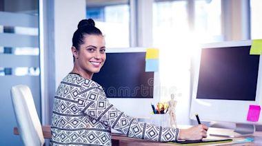 辦公室不用太「正經」,學會「懶散坐」,更有益健康