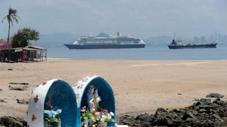 Zaandam cruise ship gets permission to cross Panama Canal and head to Port Everglades