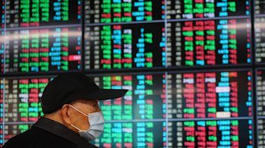 《阮慕驊的人生體悟》:股市要賺錢,第一是要做對趨勢股,第二買錯要捨得認賠 - The News Lens 關鍵評論網