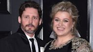 Why Kelly Clarkson Is 'Not Happy' About Paying $150,000 in Spousal Support (Source)