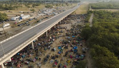 WhatsApp, social posts helped lead Haitian migrants to Texas