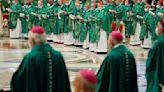 La Nación / El papa Francisco y su idea de oír a los 1.300 millones de católicos