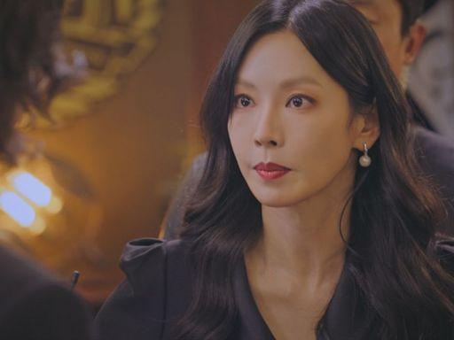 金素妍上班懷疑人生 拍戲當下沉重