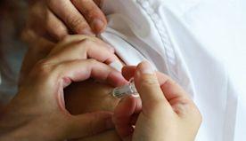 新冠肺炎接種新增14件嚴重不良事件  均無疑似血栓個案