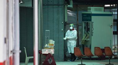 清院不封院、防疫更細緻,從SARS到COVID-19,和平醫院為何仍是台灣疫情關鍵槓桿? - 報導者 The Reporter