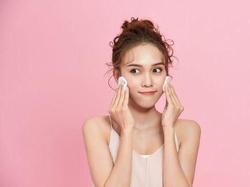 乳液正確用法你懂嗎?用化妝棉抑或用手塗比較好? 乳液塗抹步驟可加強保濕
