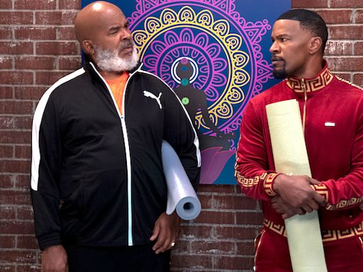 Jamie Foxx Makes Series TV Return, Has In Living Color Reunion in Netflix's Dad Stop Embarrassing Me! Trailer