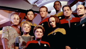 Star Trek: Voyager Cast Members Are Starting Their Own Rewatch Podcast