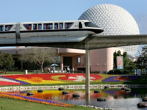 A Disney World fan filmed a woman jumping on and off an Epcot ride to steal a cucumber