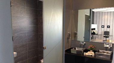 浴室翻修「這費用」太盤?設計師:錢花了還碰到這事更慘!