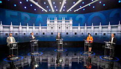 Elecciones en Chile: cruces, ausentes y una cita a Wikipedia en el primer debate presidencial