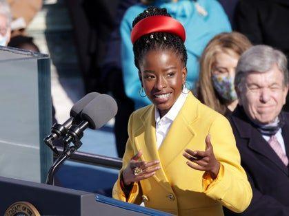 People praise poet Amanda Gorman for inauguration performance: 'Absolutely incredible'