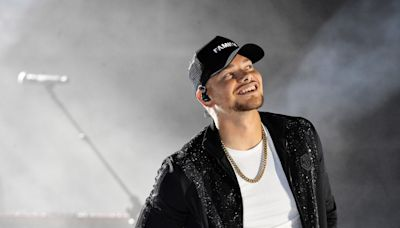 Kane Brown will launch a 35-stop arena tour in October. See the dates and opening acts