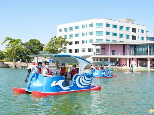石門水庫搭遊艇、龍潭大池踩天鵝船 桃園推疫後旅遊暖身振興