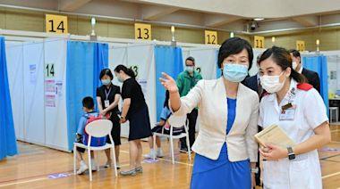 首間學校到社區疫苗接種中心接種疫苗(附圖)