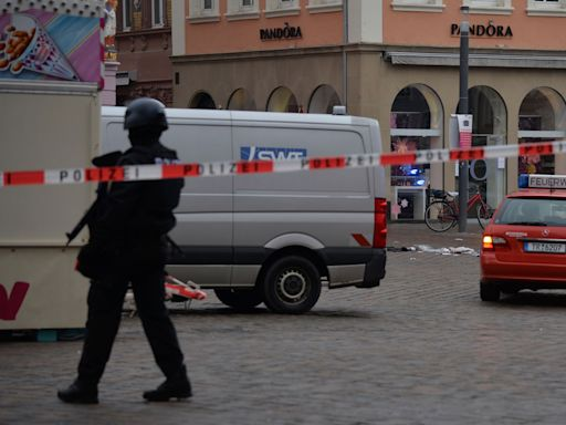 At least 4 killed after car drives into crowd in Germany