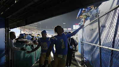 Plaschke: Is this a fork in the road — or the end of it — for the UCLA football bandwagon?