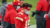 Watch: Woozy Patrick Mahomes out for game with concussion