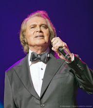Engelbert Humperdinck (singer)
