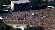 Huge Chicago music festival underway amid virus