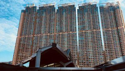 信報即時新聞 -- 銀湖‧天峰高層三房1350萬承接