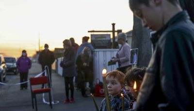 Dad of 3 girls killed in New Zealand says he's forgiven wife