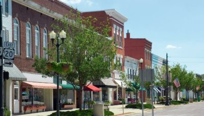 Best Small Cities for Retirement – 2021 Study