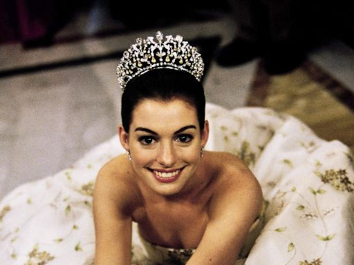 The Princess Diaries Is 20! Anne Hathaway Celebrates 'Film That Launched a Thousand Sleepovers'