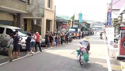 彰化不二坊恢復現場販售人龍500公尺 市長飆罵浪費警力!