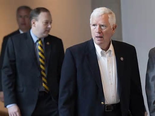 Eric Swalwell Finally Serves Mo Brooks With Lawsuit Holding Him Responsible For Jan. 6