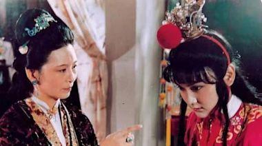 王夫人的午宴不歡而散黛玉不覺得如何寶玉卻是悶悶不樂