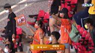 09/18 中信 VS 統一 賽後,胡智為主投七局失一分,拿下中職首勝,獲頒為本場MVP!