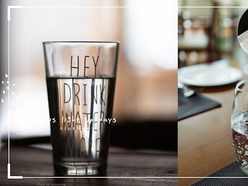 多喝水能降血壓、防腦中風?中醫揭:早中晚喝水有最佳時機,功效大不同   美人計   妞新聞 niusnews