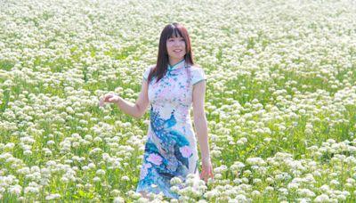 彰化田中出現9月雪 棄收韭菜花田變祕境
