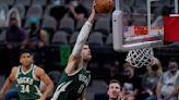 Bucks Spurs Basketball