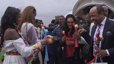 Tears and champagne as commercial flights resume between Ethiopia and Eritrea