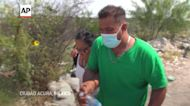 Venezuela migrants cross US border in droves