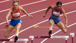 Sydney McLaughlin smashes her own 400m hurdles world record to take Tokyo gold