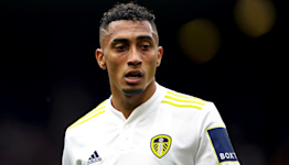 Leeds handed boost as Raphinha plays down injury concerns