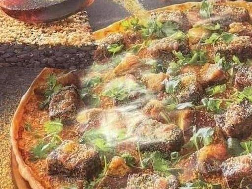必勝客「香菜皮蛋豬血糕披薩」開賣日曝!網笑:宣戰義大利
