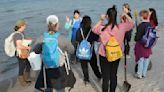 Sandy Creek Student Volunteers Restore Fragile Dunes