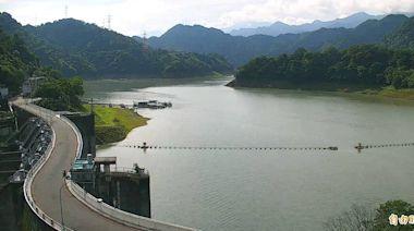 石門水庫水位拉升27公尺 壩區裸露陸地僅剩一小片