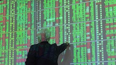 【台股不斷更新】疫情加劇首交易日 台股終場下跌473點