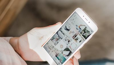If Your Instagram Stories Keep Freezing, Here's How to Fix It Once and For All