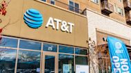 AT&T is spending an 'awful lot' to sustain their growth, Craig Moffett says