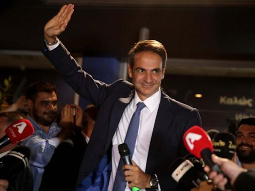 Greece election results: Landslide for centre-right New Democracy after Syriza concedes defeat