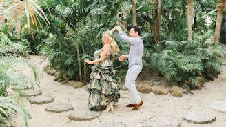 This Couple Embraced All Things Tropical For Their Wedding Weekend in Cartagena