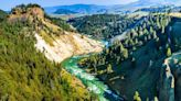 The Best Times to Visit Yellowstone National Park